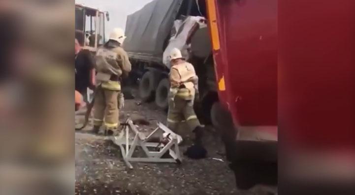 В Саратовской области в жутком ДТП погибла семья из Екатеринбурга