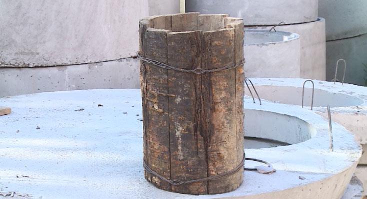 Старинный трубопровод из лиственницы обнаружили в Екатеринбурге