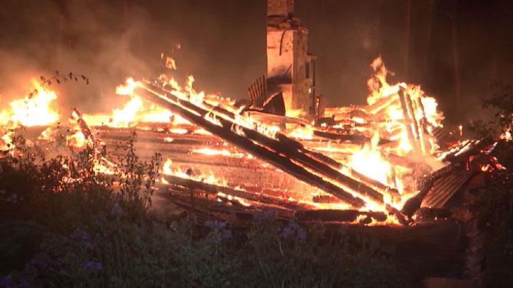 В пожаре в садовом товариществе погиб шестилетний ребёнок