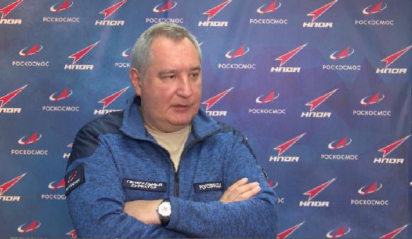 В Екатеринбург прилетел глава «Роскосмоса» Дмитрий Рогозин