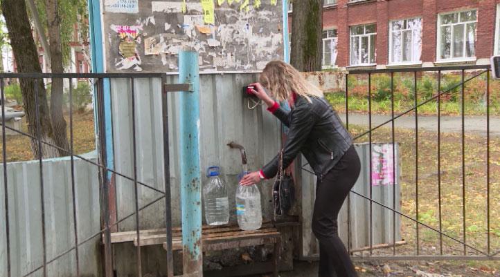 Жители посёлка Баранчинский больше недели живут без воды