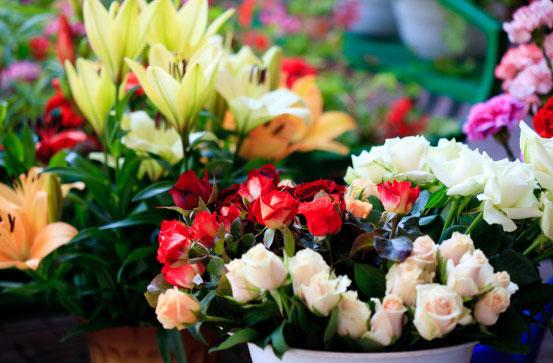 Полицейские поймали мужчину, который ограбил продавщицу цветов