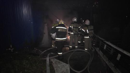 По факту гибели трёх мужчин в пожаре под Логиново проводится проверка