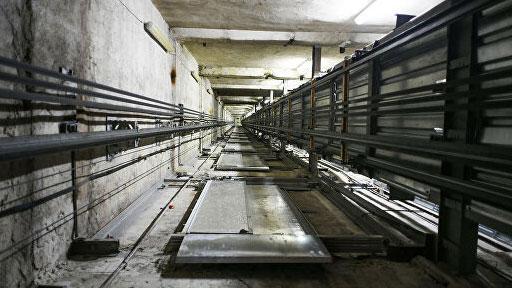 В екатеринбургском бизнес-центре сорвался лифт