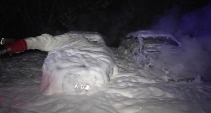 На Большакова ночью сгорели две машины