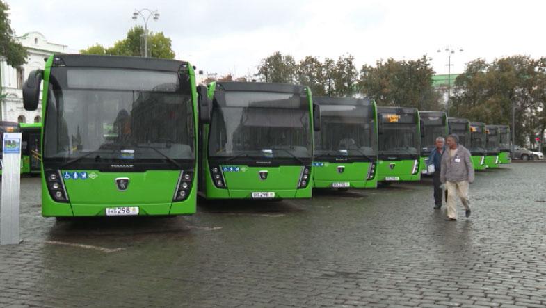 Новыми низкопольными автобусами пополнился автопарк Екатеринбурга