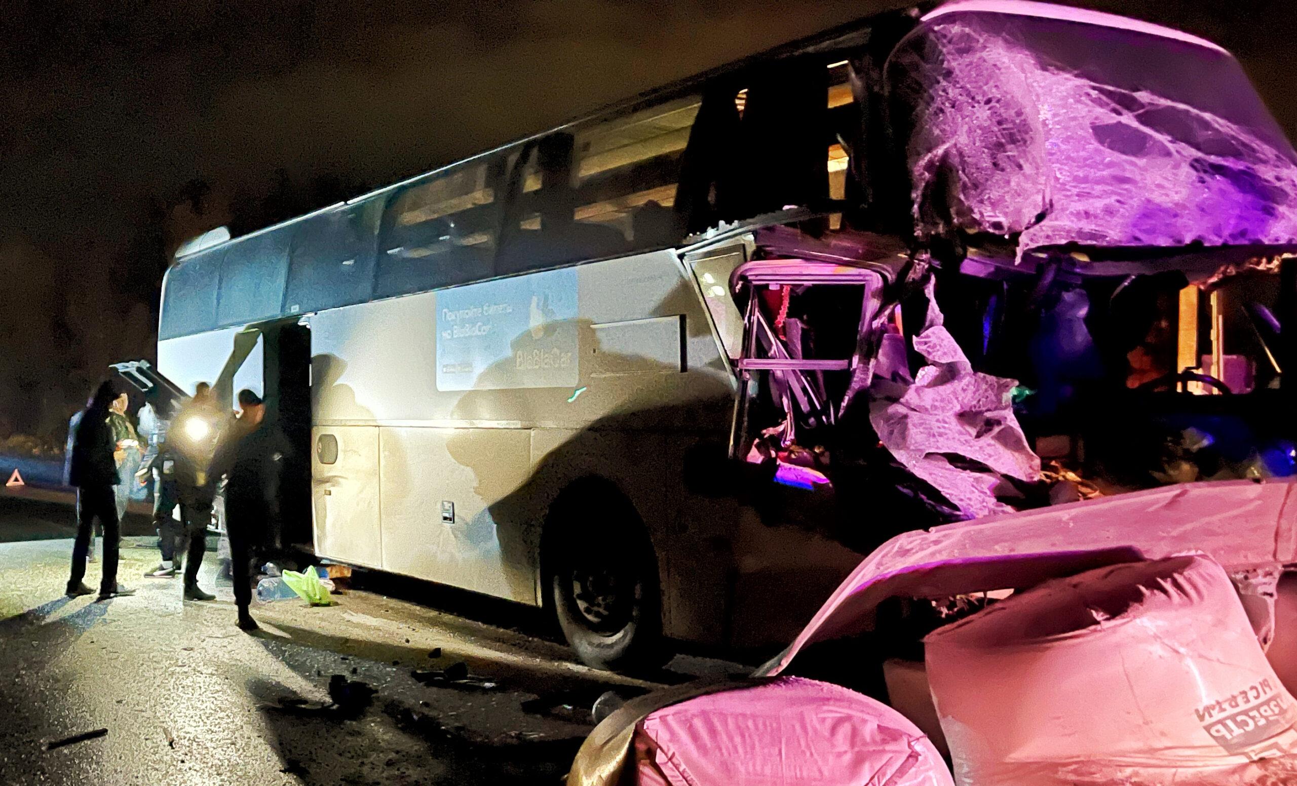 ДТП с автобусом на трассе «Екатеринбург-Серов»