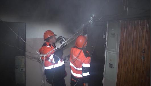На Братской загорелась квартира