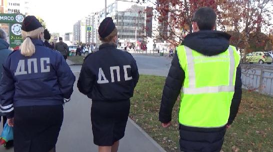 Инспекторы ГИБДД напоминают детям о правилах дорожного движения