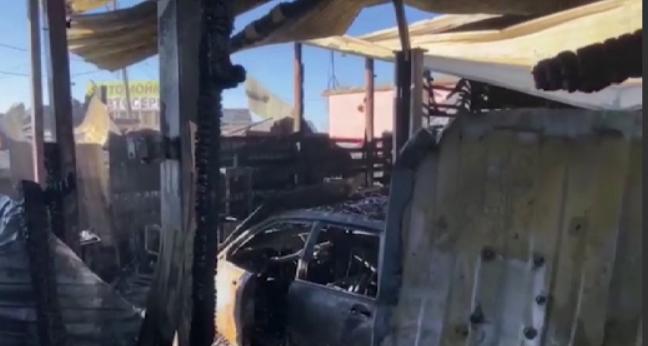 Пожарные предотвратили взрыв газовых баллонов в автосервисе