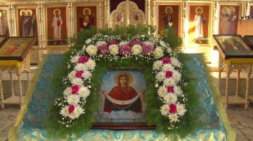 Покров Пресвятой Богородицы отметили православные христиане